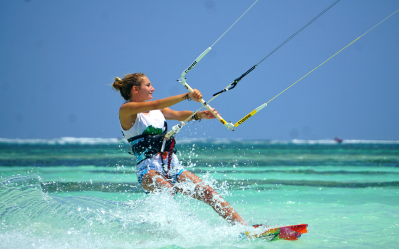 kenya kitesurfing kitemotion kiteschool diani beach malgorzata bujak