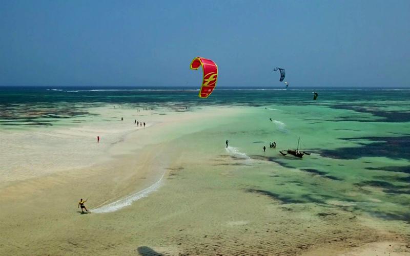 kenya kitemotion kitesurfing kenia