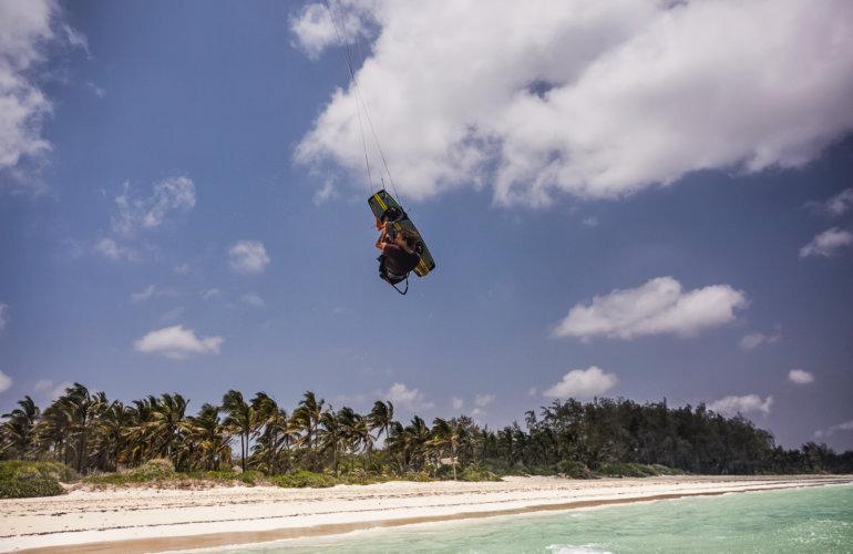 szkola-kitesurfingu-kenia-dianibeach-kitemotion-wyjazdy-kite-surf