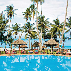 neptune-village-beach-resort-spa-kenia-wybrzeze-kenii-ogrod-restauracja