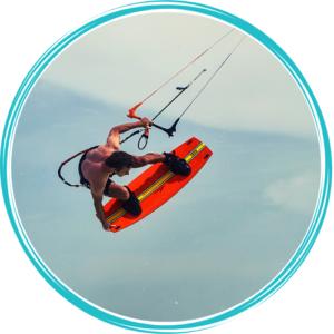 kitemotion-kenya-kitesurfing-diani-beach-marek-rowinski-mistrz-polski-kenia