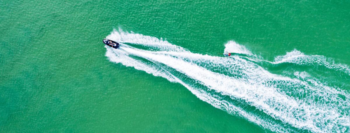 wakeboarding diani beach kenya kitemotion kiteschool